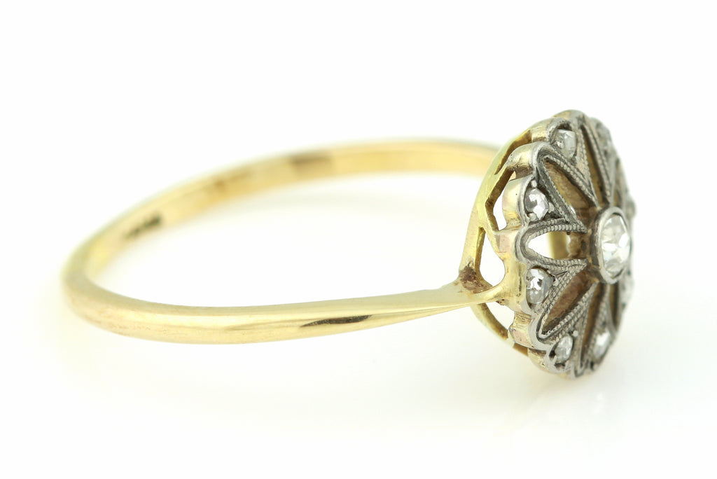 "Beautiful 18ct Gold Art Deco ""Flower"" Ring c.1920"