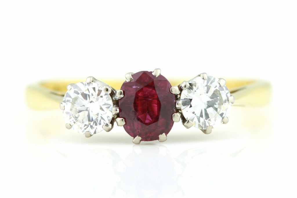 18ct Gold Art Deco Ruby & Diamond Ring c.1920