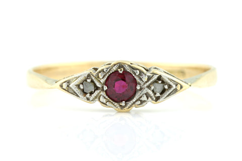 9ct Gold Art Deco Ruby and Diamond Ring c1920