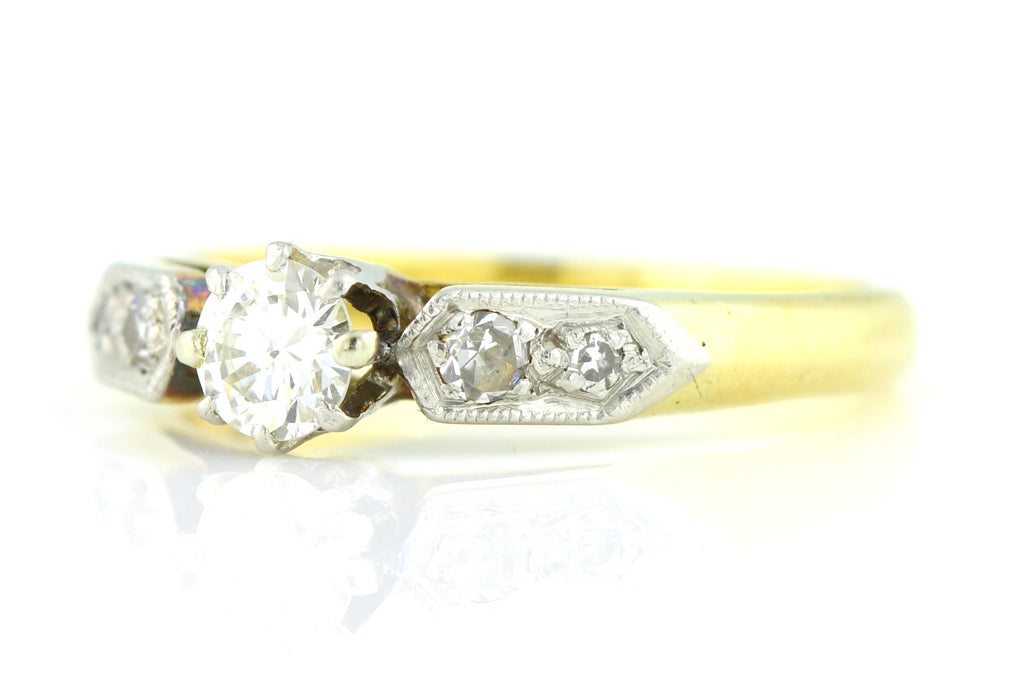 Art Deco Diamond Solitaire Engagement Ring (0.25ct) c.1920