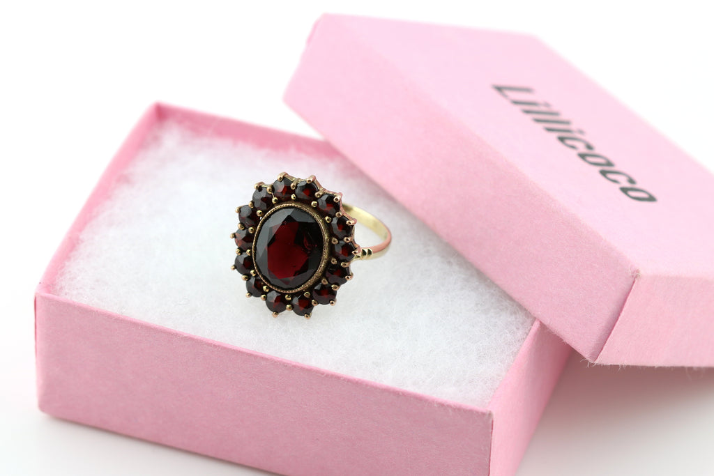 Antique 8ct Gold Garnet Cluster Ring -c.1910
