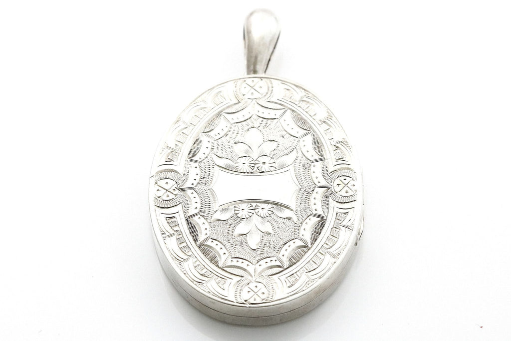 Victorian Aesthetic Locket with Fern Motif- Circa 1875