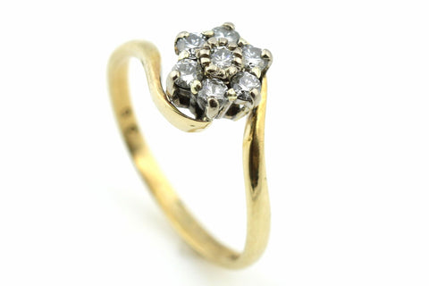 Pretty Flower 9ct Gold  Diamond Cluster Ring - (0.35ct)
