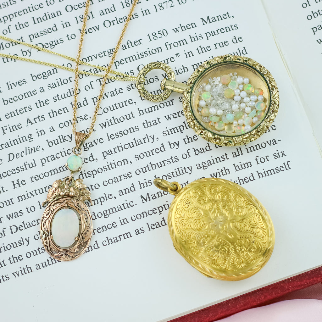 Antique Edwardian 9ct Gold Locket c.1900