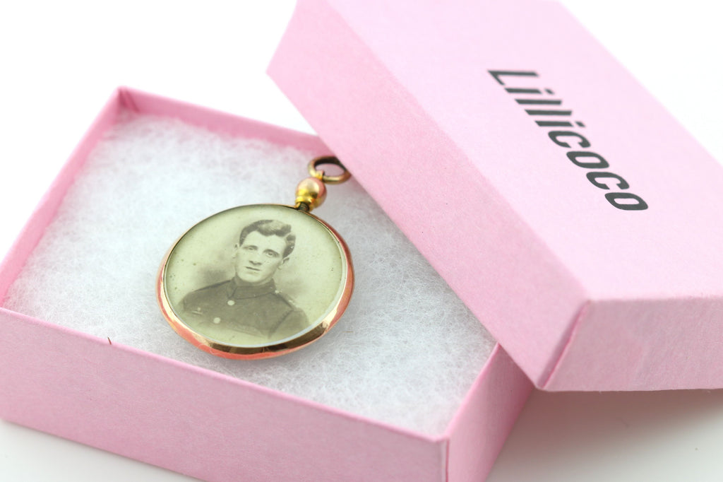 Dainty Edwardian 9ct Rose Gold Locket c.1911