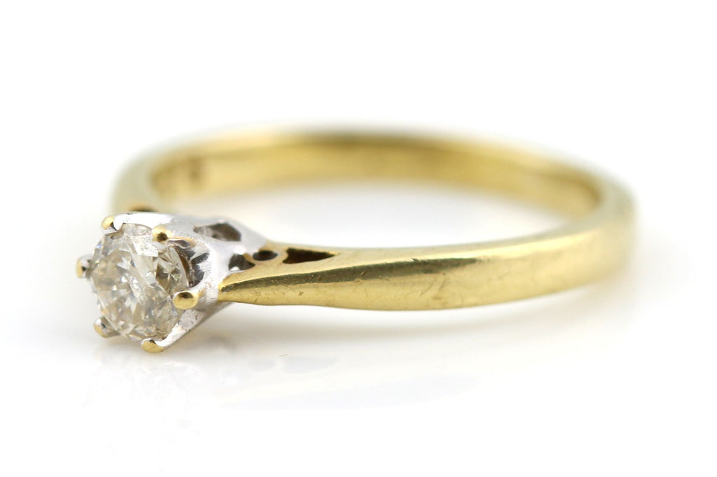 Vintage 9ct Gold Diamond Engagement Ring (0.25ct )