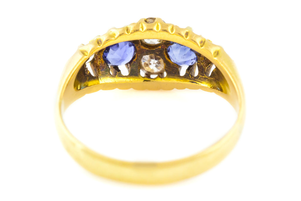18ct Gold Antique Sapphire and Diamond Ring c.1850