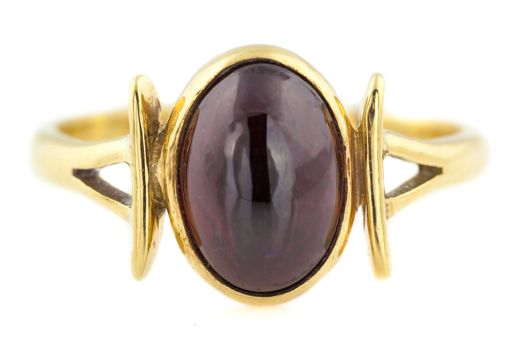 Garnet Cabochon Ring - Vintage 9ct Gold Ring
