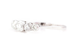 18ct Gold Art Deco 5 Stone Diamond Ring (0.85ct)