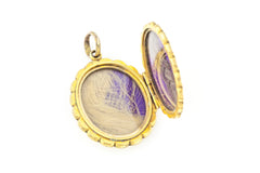 9ct Gold Victorian Locket with Flower Garland c.1850