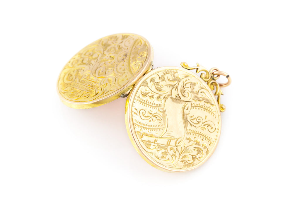 Antique Edwardian Locket with chain - c.1905