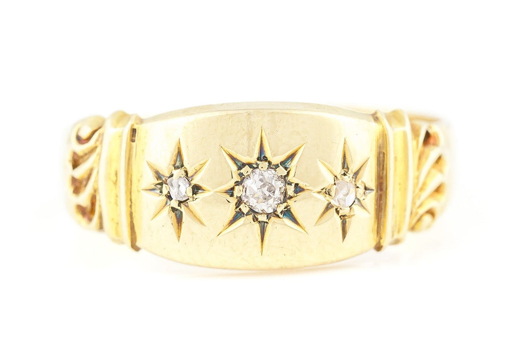 "18ct Gold Diamond ""Gypsy"" Ring c.1938"