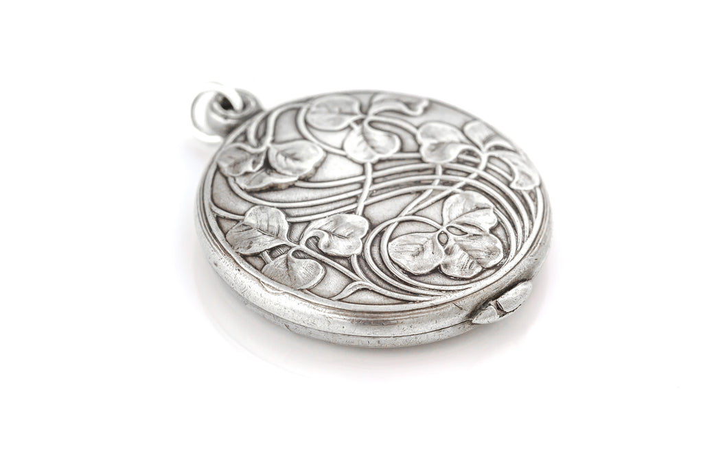 Art Nouveau Silver Sliding Locket and Chain, with Lucky Clovers c.1900