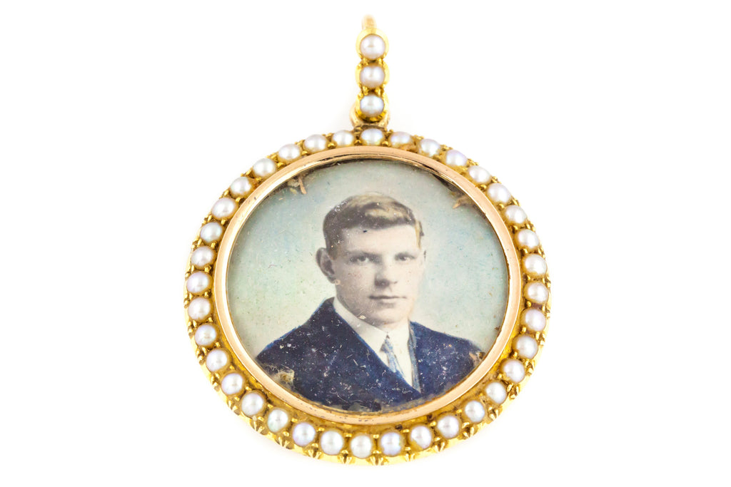 15ct Gold Edwardian Locket with Pearl Border