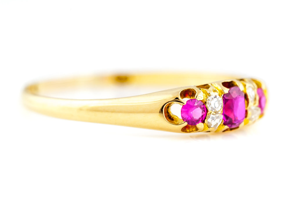 18ct Gold Antique Ruby and Diamond Ring c.1850
