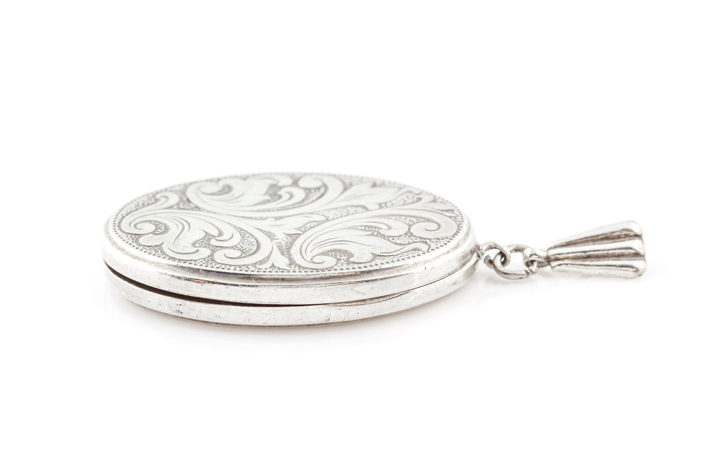 Vintage Silver Locket & Chain c.1970