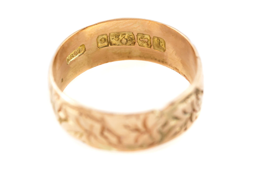 Antique 9ct Rose Gold Wedding Ring with Flowers c.1918