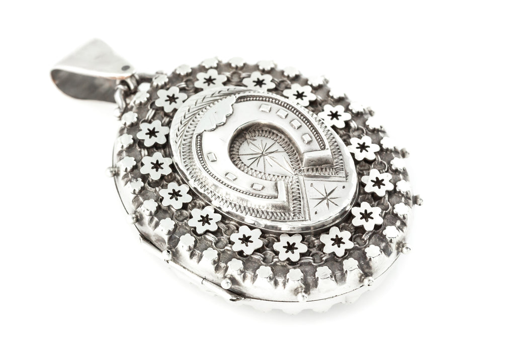 Victorian Silver Horseshoe Locket c.1889