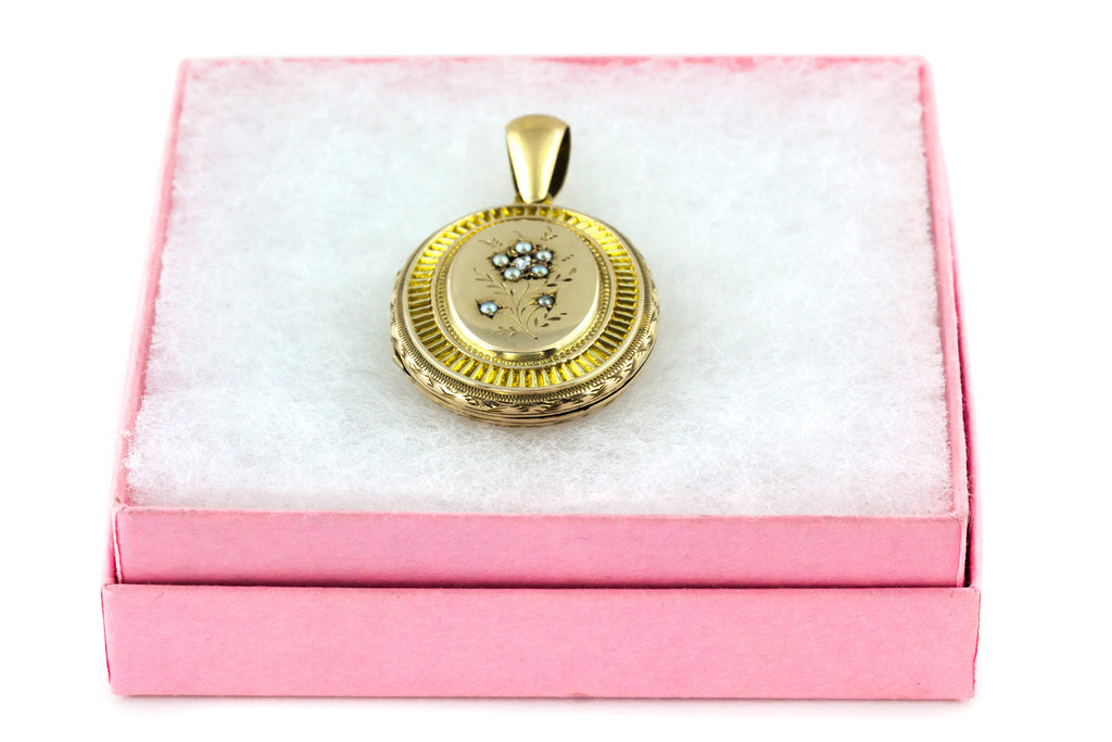 9ct Gold Victorian Locket with Diamond and Pearl Flower c.1880