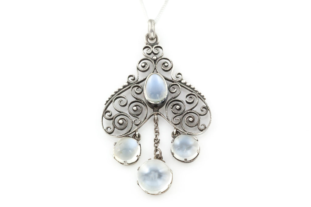 Art Nouveau Moonstone Pendant & Chain
