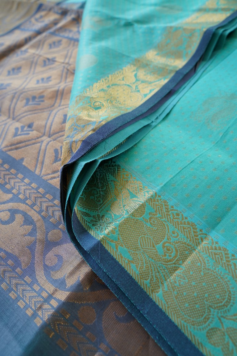 Kuppadam Silk Saree with contrast Pallu PC1569