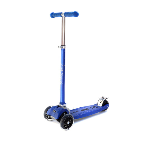 LA SPORTS MAXKICK BLUE 4 WHEEL FOLDING TRI SCOOTER WITH FREE LED LIGHT UP WHEELS SUITABLE USER WEIGHT: 20KG - 80KG - HIKS