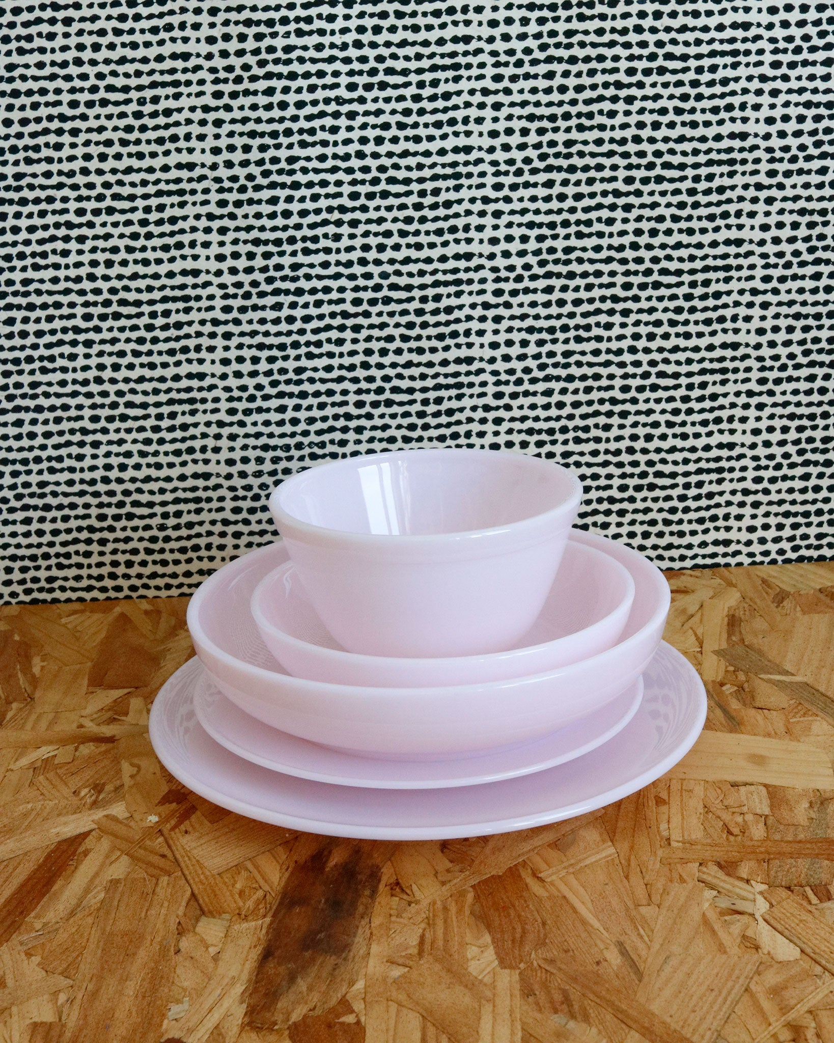 Glass Dinnerware in Pink
