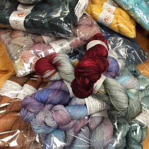 New yarn = feeding frenzy!