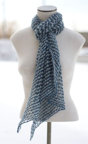 Easy Knit Mesh Scarf