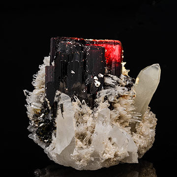 Hubnerite and quartz #22845