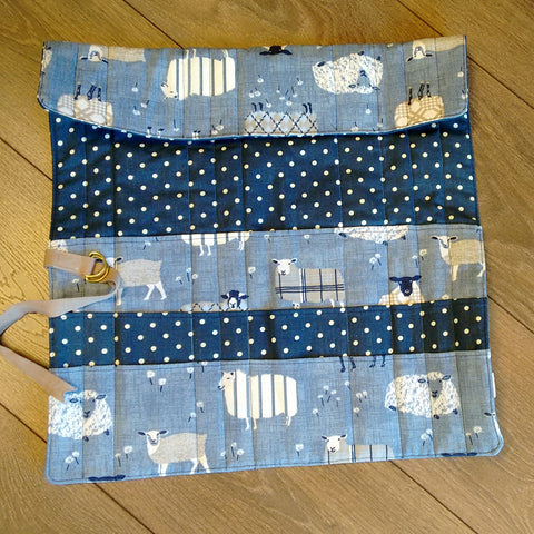 Knitting needle roll case