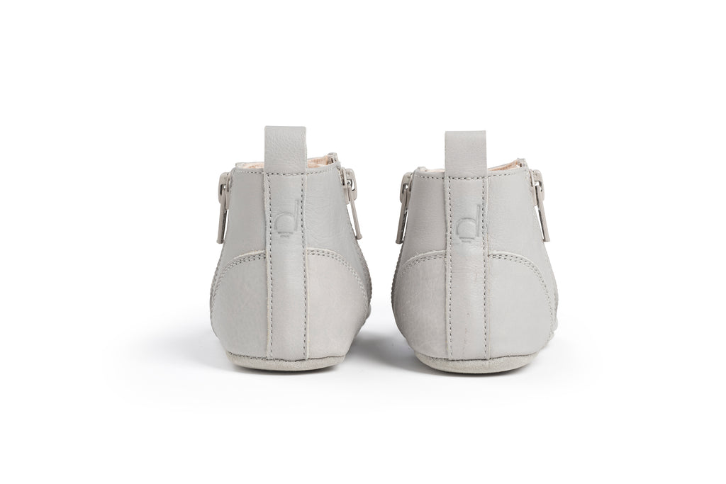 Dusq First Step Shoes Cloud Grey Leather