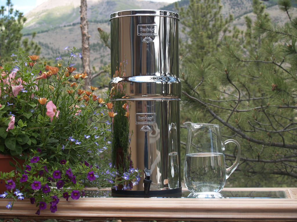 .Imperial Berkey Water Filter - True Off the Grid Water Purifier 4.5 gal