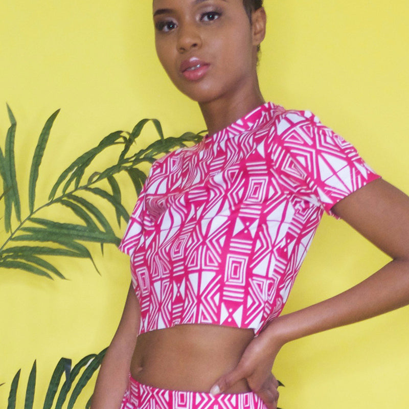 AKACHI CROP TOP