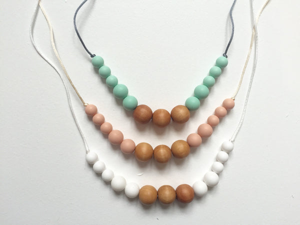 Scandi Necklace | White