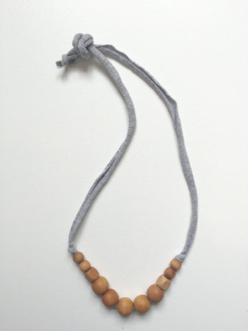 Jude Necklace | Grey