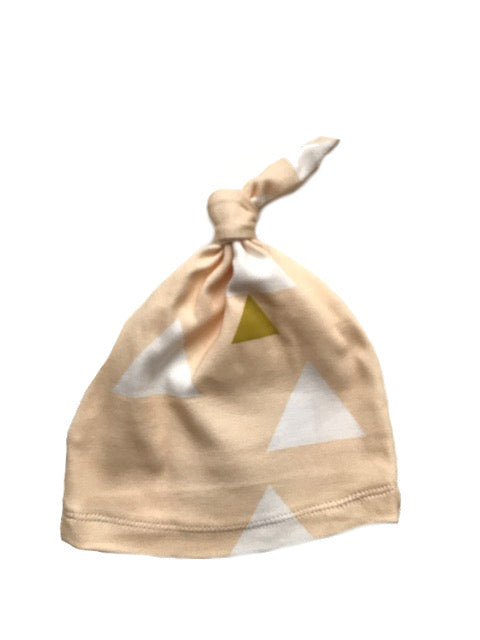Organic Knotted Newborn Beanie | Peach Triangle