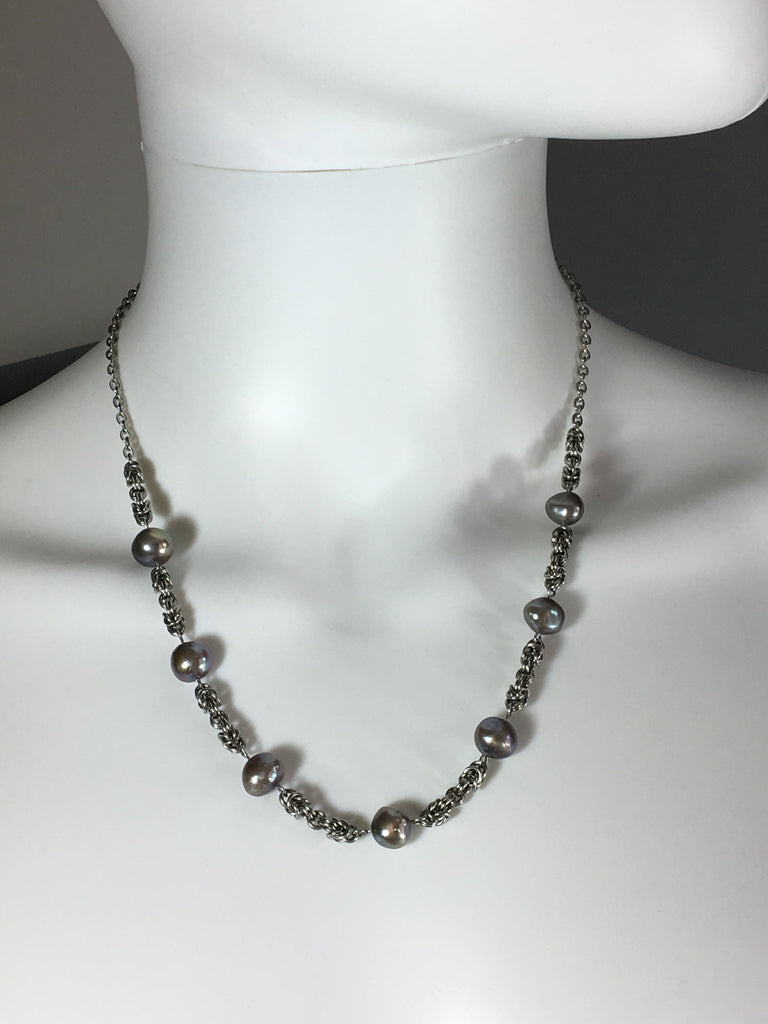 Stainless Steel Necklace with Grey Freshwater Pearls