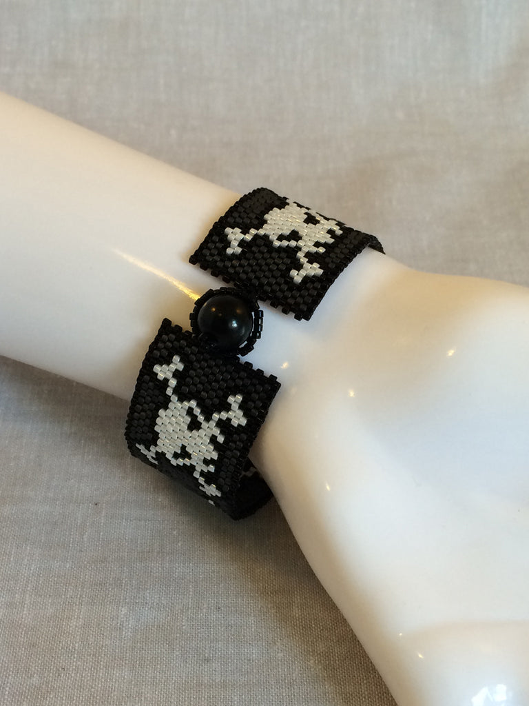 Beaded Wing Bracelet - This is Hallowe'en