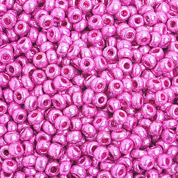 8/0 Metallic Pink Czech Seedbeads 40 grams