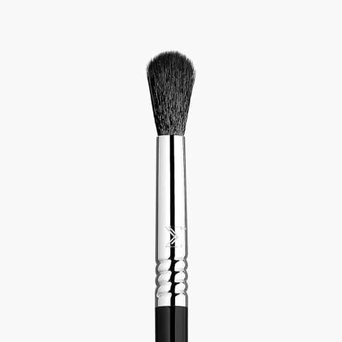 Sigma Beauty E40 Tapered Blending Brush - Count On Us