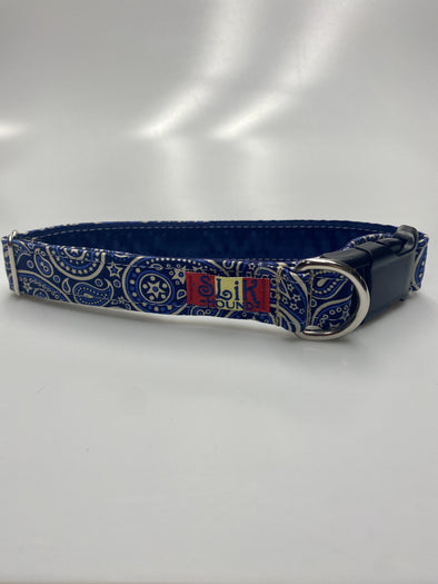 "1"" Wide, 13-23"" long, plastic buckle, Western Paisley Blue"