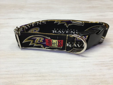 "1.5"" Wide, 13-23"" long, plastic buckle, Ravens Theme Collar"