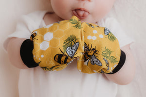 Honey Bee baby scratch mittens