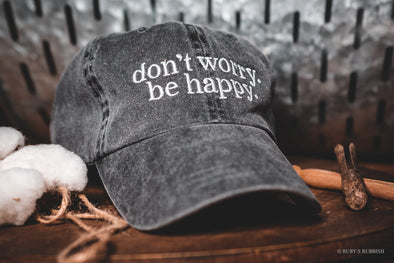 don't worry.  be happy. | Vintage Hat | Ruby's Rubbish®