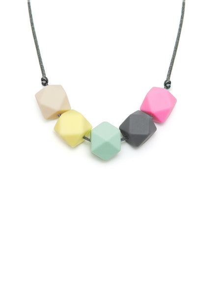 Bella silicone teething necklace from Lara & Ollie