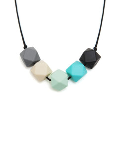 Molly silicone teething necklace from Lara & Ollie