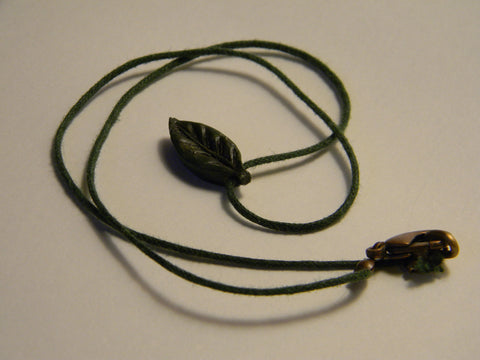 Little Leaf Choker