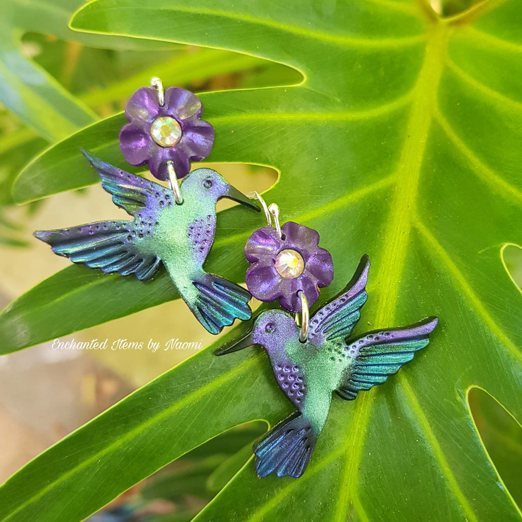 Spring is coming! You can make these stunning polymer clay Hummingbird Earrings!