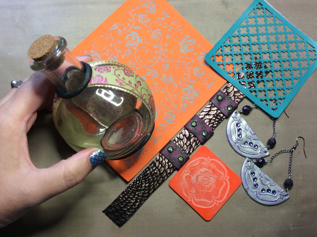 4 quick project ideas and see what's in the July CreateAlongBox